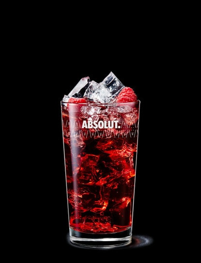 absolut raspberri with cranberry juice