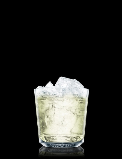 absolut wild tea gimlet