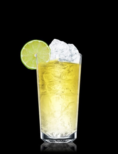 absolut gräpe with lemon-lime soda