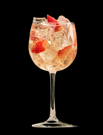 absolut-juice-strawberry-spritz