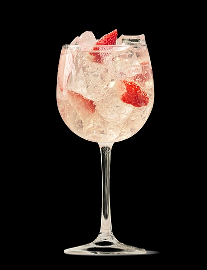 absolut-juice-strawberry-and-tonic