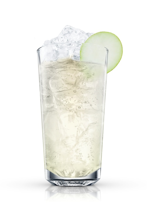 absolut pears ginger ale against white background