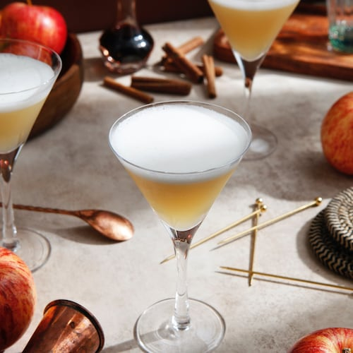 absolut spiced apple sour in environment