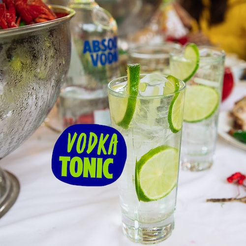 vodka tonic in environment