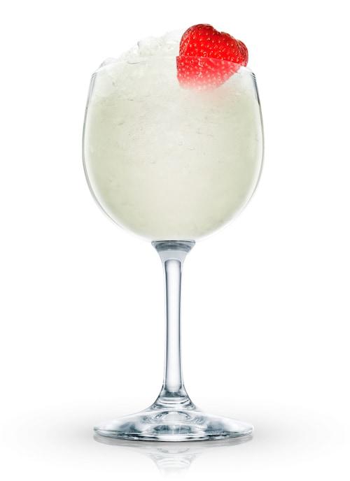 absolut peppar daiquiri against white background