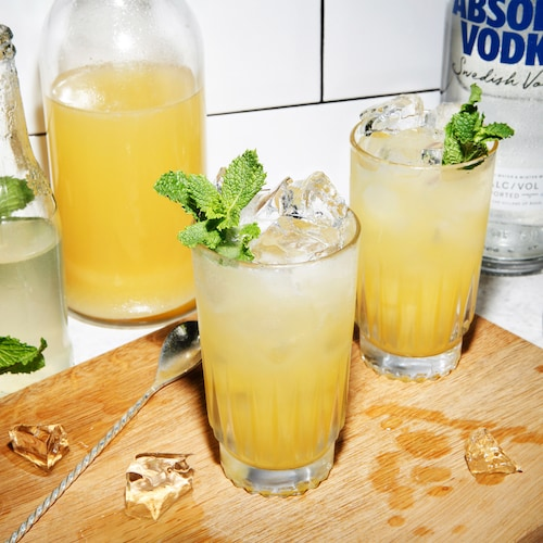 absolut pineapple sting in environment