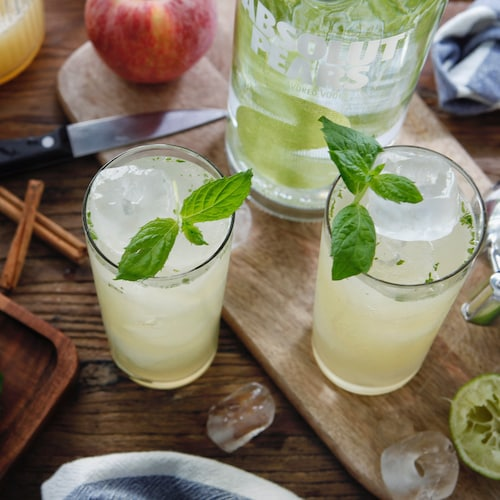 absolut spiced pear mojito in environment