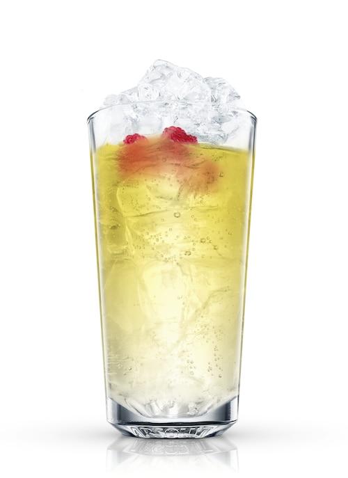 absolut raspberri with lemon-lime soda against white background