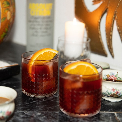 absolut negroni in environment