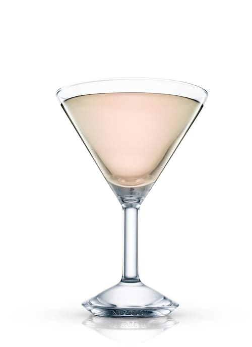 pendennis cocktail against white background