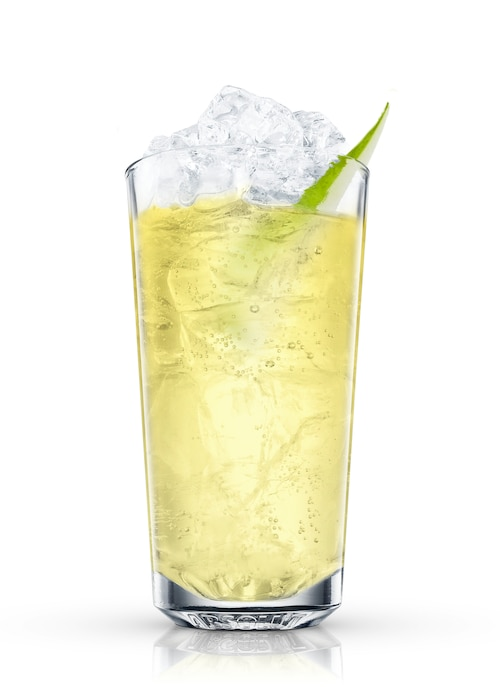 absolut pears fizz against white background