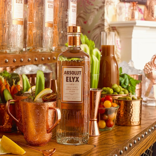 elyx bloody mary in environment