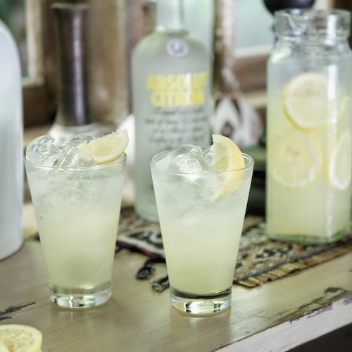 absolut citron lemonade in environment