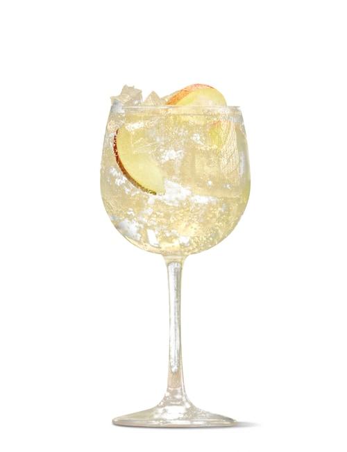 absolut juice apple spritz against white background