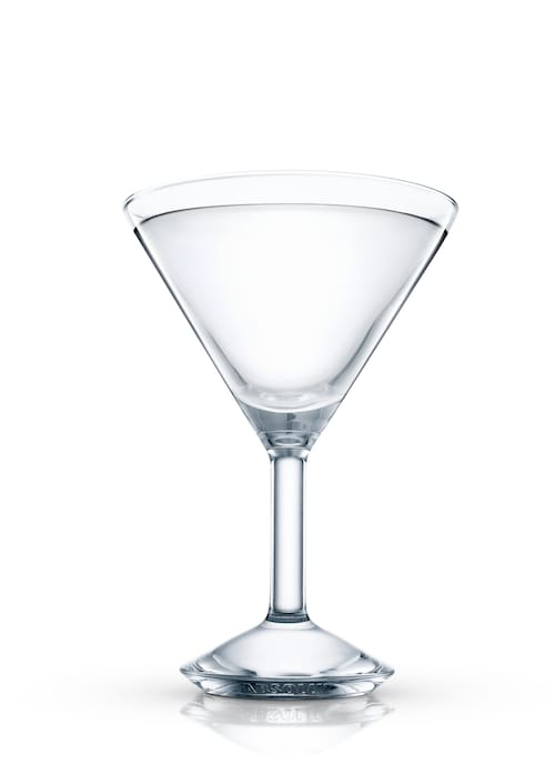 absolut grcic peppar martini against white background