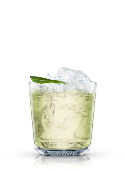 absolut papa´s agua fresca against white background